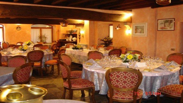 02 cucina Leon d'Oro Sala rosa